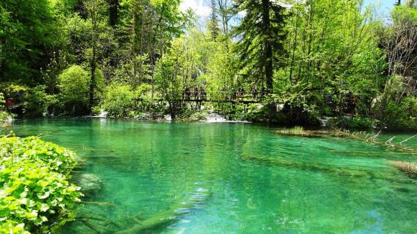 Plitvice Lakes Emerald Pool