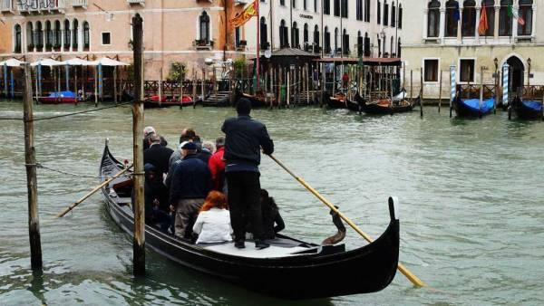 Traghetto di Santa Sofia, Venice