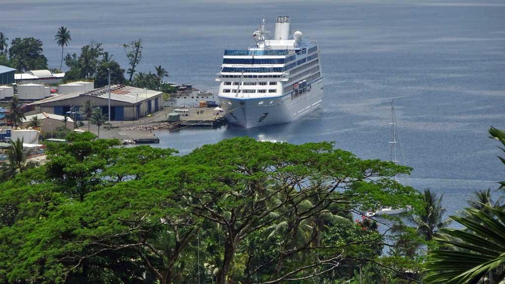 Oceania Regatta Review, Alotau, Papua New Guinea