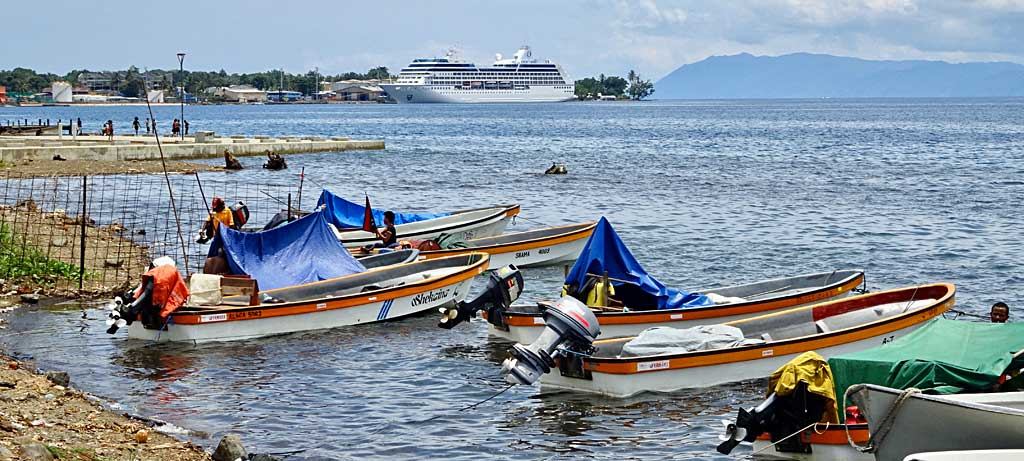 Alotau Fishing Boats, Oceania Regatta