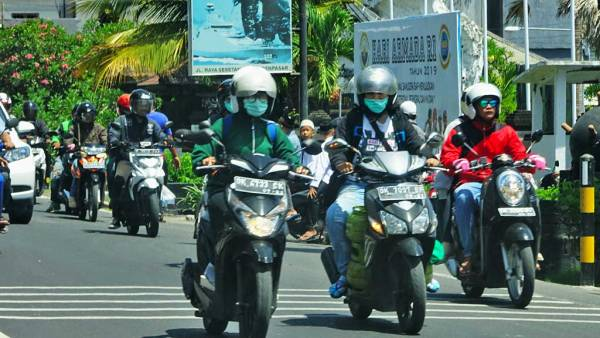 Bali Traffic Chaos