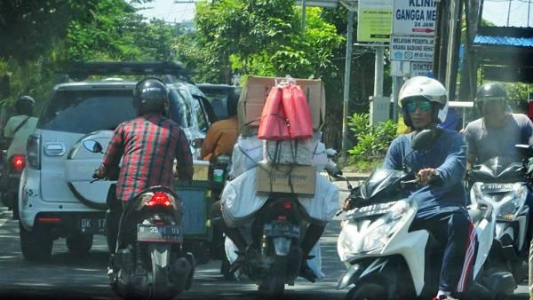Traffic Chaos, Bali Shore Excursion