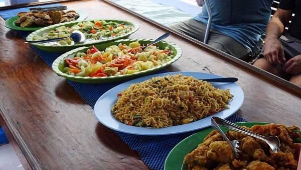 Lunch, Top Komodo Tours